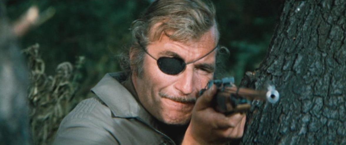 John Custance (Nigel Davenport) dans No blade of grass