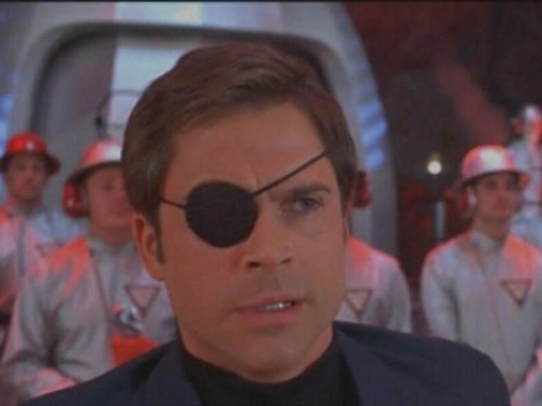 Numéro deux (Rob Lowe) dans Austin Powers : L'Espion qui m'a tirée
