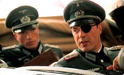 Claus von Stauffenberg (Sebastian Koch) dans Opération Walkyrie (2004)